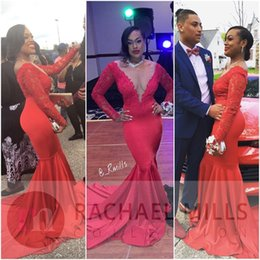Robe Rouge Dentelle Chaude Pas Cher-2017 Hot Sexy Red Mermaid Prom Robes Sheer V Neck Appliques Dentelle Satin Manches Longues Femmes Robes de soirée Cheap Party Dresses
