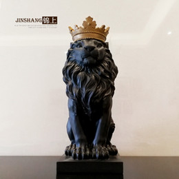 Discount new living room furniture styles The crown lion of northern Europe is decorated in the decoration of furniture and wine cabinet office desk