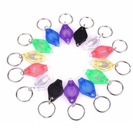 Wholesale Mini Torch Key Chain Ring Keyring LED Night Lights Fish Lamp Key Chain Plastic Flashlight Lights Mini Light