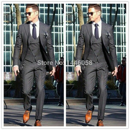 Barato Colete De Casamento Italiano-2017 Italian Custom Made Gentleman Charcoal Wedding Prom Homens Ternos Morning Tuxedos Groom Business Suit Jacket + Calças + Vest + Tie A001