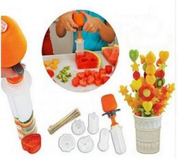 $enCountryForm.capitalKeyWord Australia - New Arrive Creative Kitchen Accessories Cooking Tools Plastic Fruit Shape Cutter Slicer Veggie Food Decorator Fruit Cutter