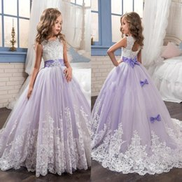 Barato Vestidos Rocosos Para Meninas-2017 Beautiful Purple and White Flower Girls Dresses Beaded Lace Appliqued Bows Vestidos de baile para crianças Casamento Party BA4472