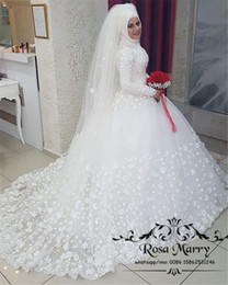 Wholesale Princess D Floral Islamic Hijab Wedding Dresses Ball Gown High Neck Long Sleeves Plus Size Country Turkish Kaftan Abayas Bridal Gowns