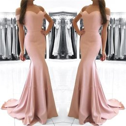 Robe Rose Bon Marché Pas Cher-Blush Pink Off the Shoulder Robes de bal 2017 Sexy Backless Satin Sweep Train Mermaid Formal Evening Party Dress Wear Cheap Long Prom Gowns