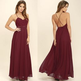 Barato Longos Vestidos De Dama De Honra Quentes-Hot Burgundy Chiffon Long Summer Bridesmaid Dresses 2018 Correias de espaguete Backless Long Maid of Honour Gowns Plus Size