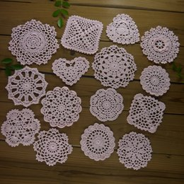 $enCountryForm.capitalKeyWord Australia - 15 Piece -15 design-- Per design 1 PCS - 8-13cm Vintage Hand Crochet Doilies Coasters mats Pink applique table mat Table Napkin Home Wedding