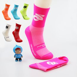 Bicycle wear women online shopping - Long Cylinder Sock Moisture Wicking Riding Bicycle Outdoor Sports Socks For Men And Women Breathable Good Wear Resistance Hot Sale hx F