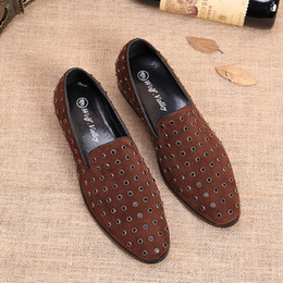 wet brown Canada - British men leather casual shoes wet shoes character set foot driving diamond rivets nightclub stylist male shoes