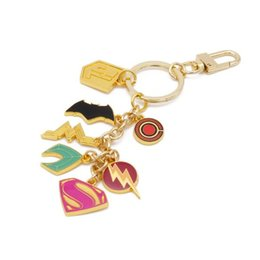 Superhero Keychains Canada - Moving Jewelry New Arrival DC Jewelry Justice League Keychain Alloy Superhero Superman Batman Spiderman Wonder Women Keyring Accessories