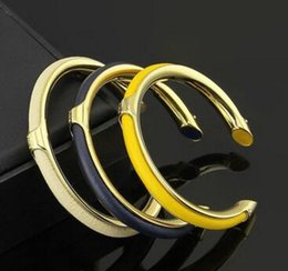 H Case UK - Titanium Steel Jewelry Wholesale H Bend Case C-shaped Open Bracelet 18K Gold Women's Leather Bracelet Open Bracelet
