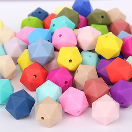 China 100% Food Grade Silicone Icosahedron Beads 17MM Loose Bead BPA Free Silicone Teething Beads for DIY Necklace Teether Nursing Jewelry suppliers