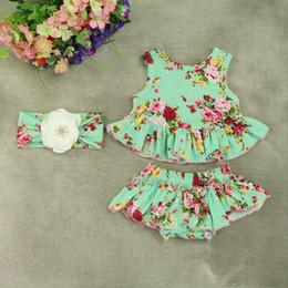 $enCountryForm.capitalKeyWord NZ - Retail Baby Girls Boutique Clothing Green Floral Pattern Ruffle Baby Clothes Summer All Around Ruffle Bloomer Headband 3pcs Set