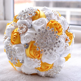 Silk Rose Bridal Bouquet Wedding Accessories Brooch Crystal Pearl HandMade Wedding Bouquet Holding Flowers White and yellow