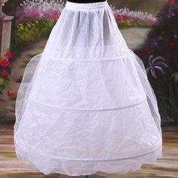 Underkirts Crinoline Pas Cher-Best Selling Cheap Weddng Bridal Petticoats One Layer Une ligne Three Hoop <b>Crinoline Underskirts</b> Accessoires de mariage 2017