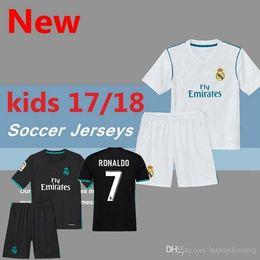 ca4574b0f31 Long Sleeves LS Yellow Navas Kiko Casilla 2017 2018 Real madrid child kit Real  Madrid 2017 2018 Goalkeeper Soccer Jersey ...