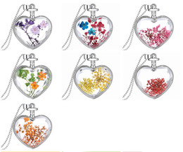$enCountryForm.capitalKeyWord Canada - Novelty Real Flower Pendant Necklace Crystal Love Heart Natural Dry Flower Chain Necklaces Women Valentine's Day Jewelry Gift for Lovers