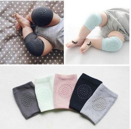 Discount toddler crawling knee pads - Baby soft Crawling Safety Kneecap Toddler Girls Boys combed cotton Protector with glue Knee Pads Infant Leg Warmer 4colo