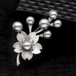 $enCountryForm.capitalKeyWord Canada - crystal Pearl Flower Brooches For Women 2017 Fashion Nature Stone Brooches Pins Vintage Bauhinia Scarves Buckle Pendants 170780