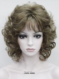 Venta al por mayor de Envío libre encantador hermosa nueva venta caliente mejor Hivision Light Golden Brown corto rizado mujeres damas diario sintético peluca mullida