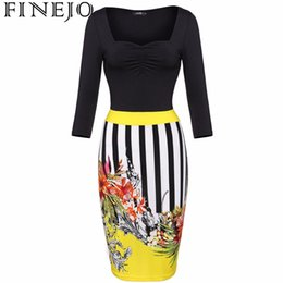 Robes Élégantes Pour Femmes Pas Cher-Vente en gros- FINEJO Stylish 2016 Femmes 3D Floral Print Bodycon Robe Slim Party Club Robes Plus Size 3/4 Sleeve Splicing Striped Vestidos