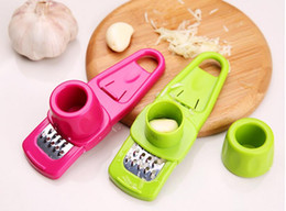 $enCountryForm.capitalKeyWord Australia - Candy Color Garlic Press Multi-functional Grinding Garlic Mini Ginger Grinding Grater Planer Slicer Cutter useful in kitchen