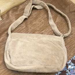 $enCountryForm.capitalKeyWord Canada - Fashion black makeup bag famous logo luxury party bag flannel shoulder bag good quality plush Storage package