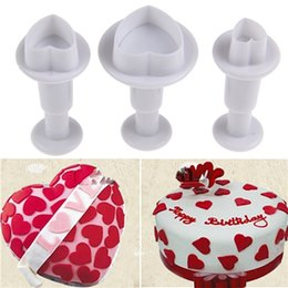 cutters tools Canada - 3pcs Love Heart Shape Cookie Plunger Cutter Fondant Gum Paste Cupcake Toppers Mold Biscuit Christmas Cake Decorating Tool