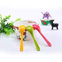 long handled plastic spoons Canada - Candy Color Creative Spoon Wide Range Of Use Household Child Eating Long Handle Spoons Plastic Material Hot Sale 0 19hd I1 R