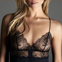 Barato Backless Top Laço Preto-Sexy Flowers 2017 Preto rendas sutiã mulheres lingerie strappy v profunda push up sutiã Transparente Wirefree bralette top backless íntimos