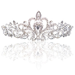 Wholesale Big Princess Classic Bride Headpieces Tiaras Cute Girls Tiaras Crowns All with Crystal for Wedding and Gift New Style CPA793
