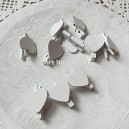 animal place card holders wedding NZ - White mini wooden pegs Mini wooden love heart clips Wedding place name holders escort card holder White party decorations