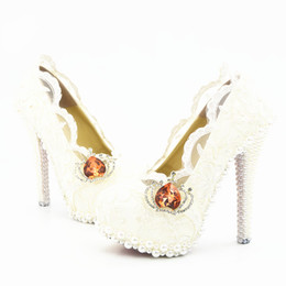 $enCountryForm.capitalKeyWord UK - Wholesale Lace Pearls Sexy Prom Evening Shoes Cinderella Shoes Hand-made Bridal Bridesmaid Shoes Nigh club Party High Heels with Flower 273