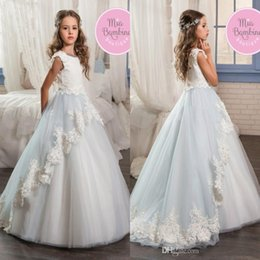 Barato Belos Vestidos De Manga Comprida-2017 Princess Beautiful Two Tone Flower Girls Dresses Lace Appliques A Line Cap Sleeves Jewel Neck Long Girls Sceneant formal Party Gowns