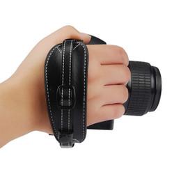 $enCountryForm.capitalKeyWord UK - ITSYH DSLR Camera PU Leather Grip Rapid Wrist Strap Soft Hand Grip Camera Bag Black Wholesale TW-372