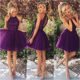Robes Courtes Taille 4 Pas Cher-Fashion Short Homecoming Robe Dark Purple Pleated Backless A Line Nouveau Coming Lace Party Graduation Gowns Pageant Taille personnalisée Meilleure vente