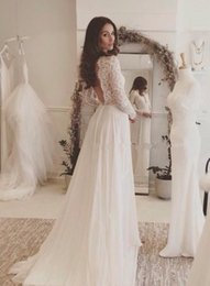 Barato Vintage Bracelete De Renda-2015 One Love Mermaid Vintage Backless Vestidos de casamento de praia Lace White Scoop Cetim sem mangas aberto Back Court Train Ivory Bridal Gowns