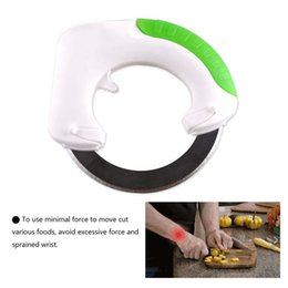 $enCountryForm.capitalKeyWord Canada - Circular knife Round Shape Wheel Rolling Kitchen Tool With Stainless Steel Blade Vegetable Meat Cake Pizza Cutter Creative wn073