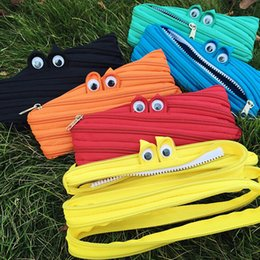 Barato Bolsa De Olho Por Atacado-Atacado- Nylon Monster Coin Bag Pouch Zipper Eyes Changge Bags Portable Student School Papelaria Kids Gift Prize Casual Pouch 7Colors