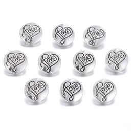 love snap button charms UK - 10pcs lot New Snap Jewelry Love Heart Metal 12MM Snap Buttons fit 12mm Snap Bracelets Earrings Necklaces Valentine's Day Gifts