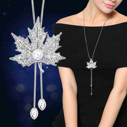 maple leaf diamond NZ - Diamond-encrusted maple leaf pearl necklace 2-color optional Jewelry For Women Clothing accessories Fashion hanging chain free shipping
