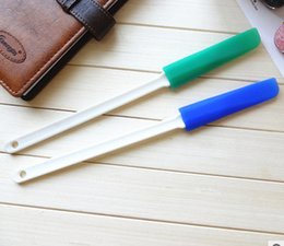 Pastry chocolate online shopping - Pastry Tools Silicone Baking Cake Scraper Chocolate Cream Scraper Long Handle High Quality Soap Plate Shovels kz J R