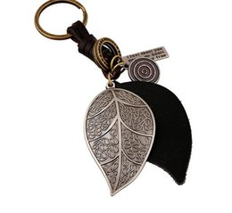 Ring Art Design UK - leaves Design Car key chain ring holder Punk Art Genuine Leather Cut out men women keychain bag pendant Alloy Jewelry