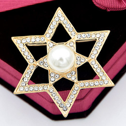 east star wholesale NZ - Delicate Stunning Clear Diamante Crystals And Pearl Star Brooch Pin Fashion Women Hijab Wear Pin Hot Selling Lady Costume Jewelry Pin