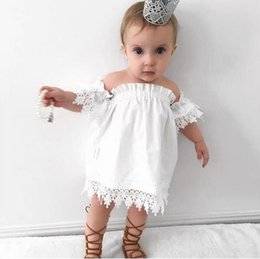Robe D'été Blonde Pas Cher-2017 Cute Toddler Girls Kids Baby Ruffles Lace Flowers Off Shoulder Summer White Party Mini-robe 13214