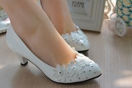 $enCountryForm.capitalKeyWord Canada - Spring New wedding shoes manual married waterproof taichung high-heeled shoes embroidered white wedding dress and bridesmaid shoes list