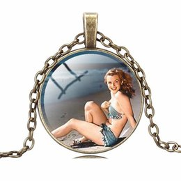 marilyn monroe jewelry UK - Marilyn Monroe Pendant Necklaces Charm Chains Time gem glass Statement Vintage Stainless Steel Glass Cabochon Chain Fashion jewelry 6 Colors
