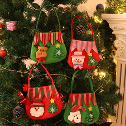 $enCountryForm.capitalKeyWord Canada - 2017 Christmas Non-woven fabric Santa Snowman Reindeer Gift Bag , Confectionery bags, apple candy bags Merry Christmas Candy Bags Xmas Decor