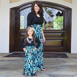 Mãe Filha Vestidos Plus Size Longo Manga Curta Família Listrada Combinando Roupas De Algodão Mamãe E Filha Vestido Da Família roupas venda por atacado