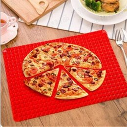 ovens bbq grill 2019 - BBQ Mat Baking Barbecue Grill Pan Tool Barbecue Bake Mat Microwave Oven Liner Reusable PYRAMID Cooking Mats Outdoor Pad