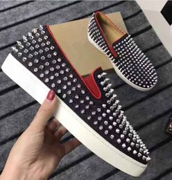 Coupe Haute Rouge Pas Cher-Loubs Top Luxury Brand Red Bottom Loafers Hommes Femmes Sports Sneakers Low Cut Sneakers Sliver Spikes Lazy People Chaussures de haute qualité